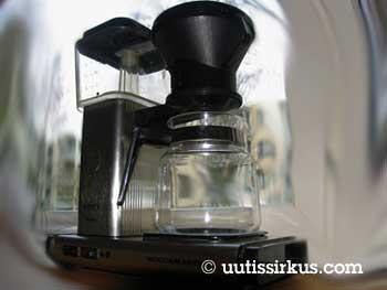 Mannen mottag sin kaffekokare som gåva för tre år sedan när han flyttade bort från sitt barndomshem.