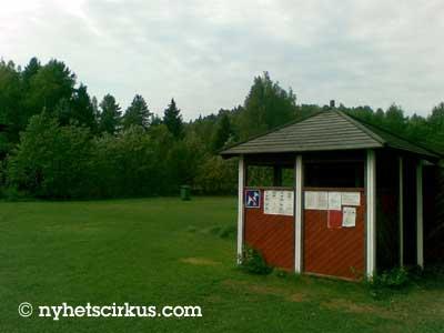 Vår arkivbild från den hektiska byn Evitskog har ingenting att göra med händelserna.