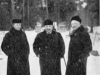 Papulanmäen puuhamiehet, kuva I.P.Mouritzen, v. 1914, Suomen matkailulehti 1.4.1914 / Kansalliskirjasto