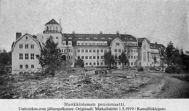 Munkkiniemen pensionaattirakennus vuonna 1919