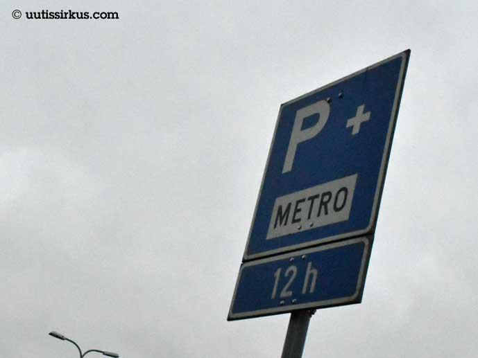Liityntäpysäköintialueen liikennemerkki