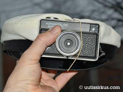 affamaticin kamera kuminauhalla kiinni yo-lakissa