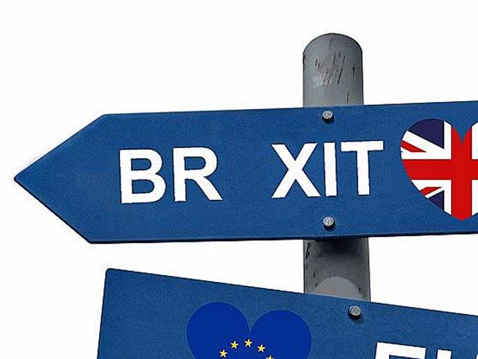 tienviitalta näyttävä Br xit -kyltti